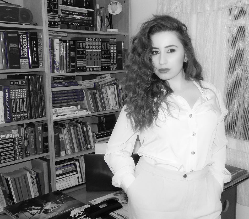 kush_eshte_lorena_stroka_books_gazetare_wikipedia_biografia_foto_instagram-bashkeshorti-style