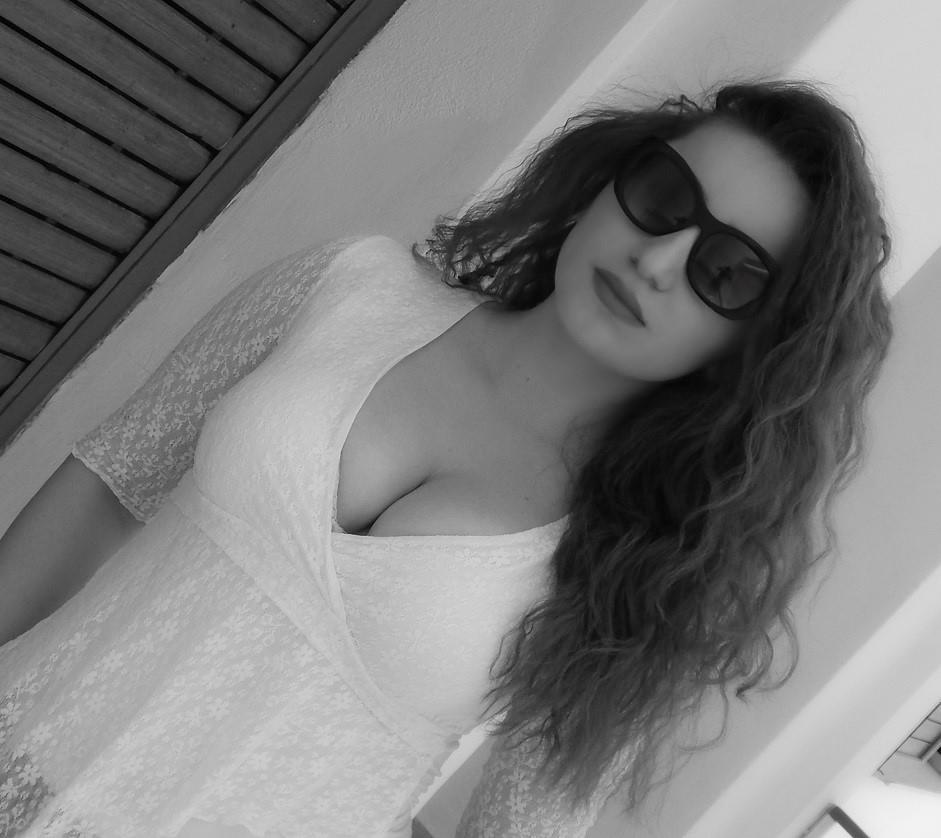 lorena_stroka_albania_street_style_albstroka_blog_2017