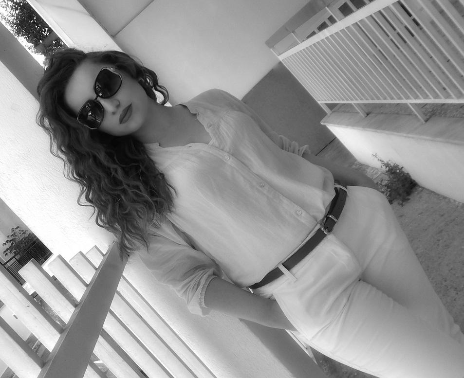 lorena_stroka_facebook_biografia_keshilla_nga_lorena_stroka