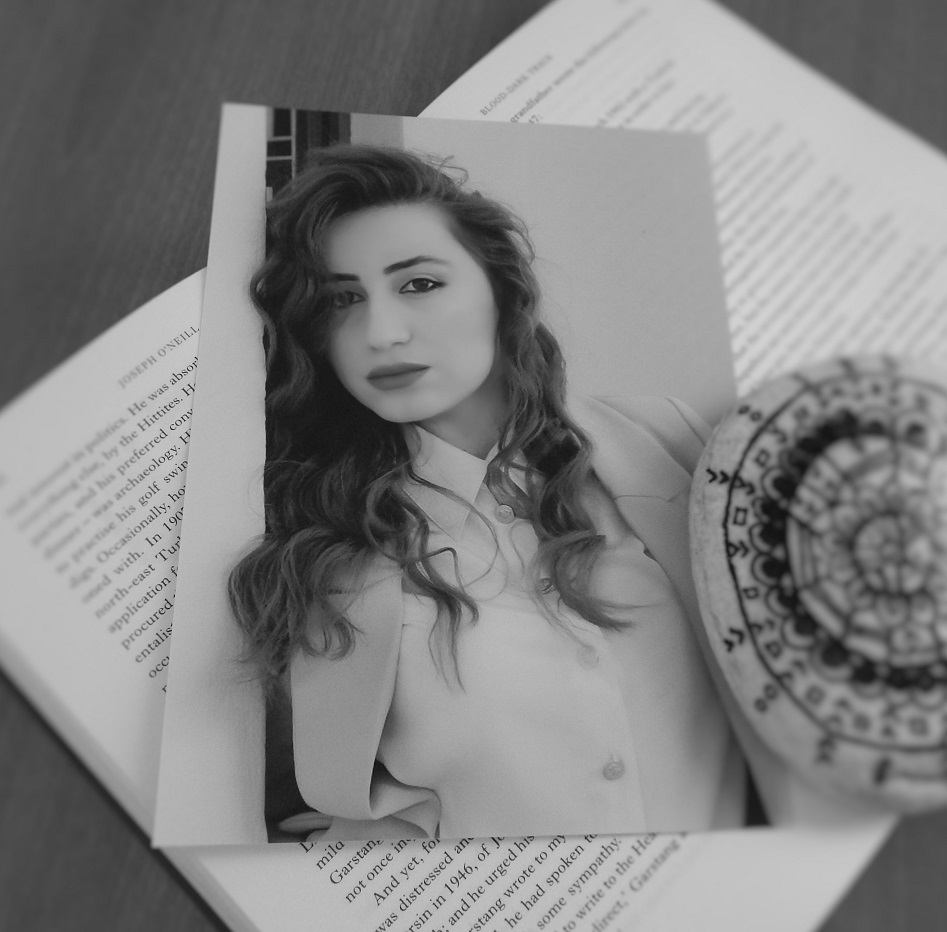lorena_stroka_foto_biografia_wikipedia_biography_jeteshkrimi_albstroka_facebook