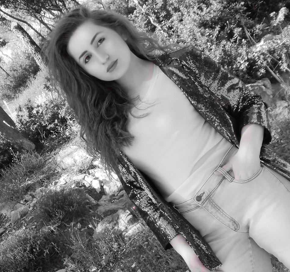 lorena_stroka_wikipedia_gazetare_biografia_facebook_gazeta_albstroka_2017