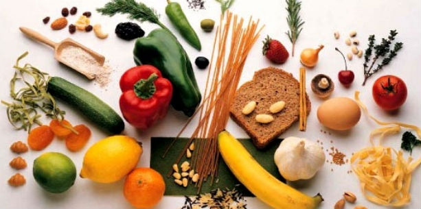 albstroka-blog-lorena-stroka-wikipedia-biografia-shkrime-cilat-ushqime-permbajne-me-shume-hekur-se-mishi