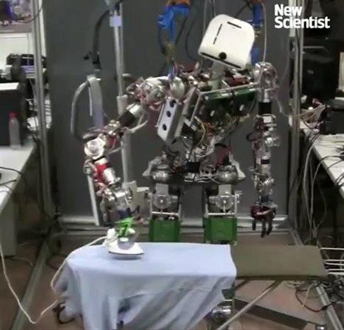 robot-amvise-lorena-stroka-shkrime-artikuj-gazetare-poete-perkthyese-shqiptare
